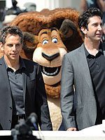 Ben Stiller, David Schwimmer Get Photo-Bombed in Cannes | Ben Stiller, David Schwimmer