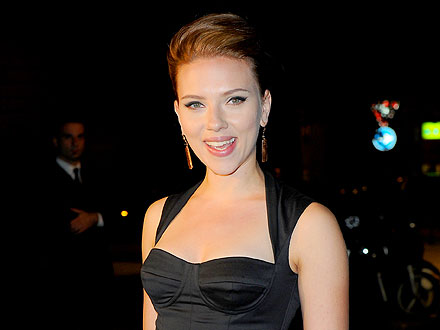 Scarlett Johansson's Girls' Night Out