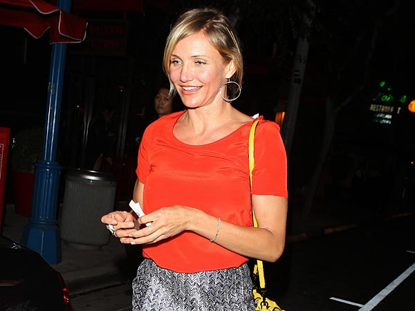 Cameron Diaz Gets Down to Business Over Dinner