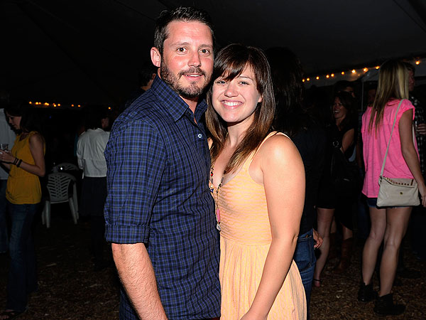 Kelly Clarkson Engaged to Brandon Blackstock