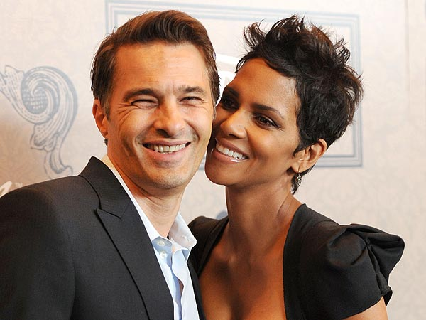 Halle Berry & Olivier Martinez's 'Spectacular' Night Out