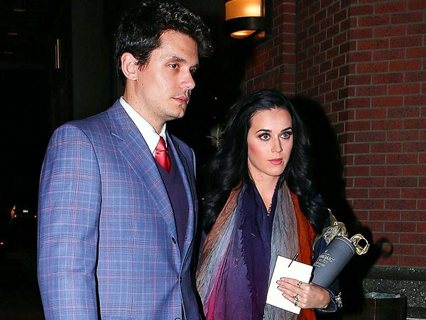 Katy Perry and John Mayer Get &#39;Super Affectionate&#39; at Birthday Dinner