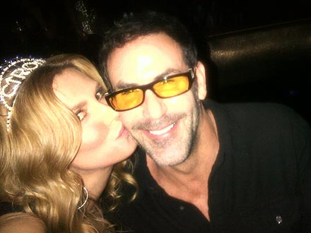 Brandi Glanville on Non-Legal Marriage: 'Suck It'