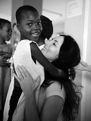 Madeleine Stowe Blogs Her Haiti Trip