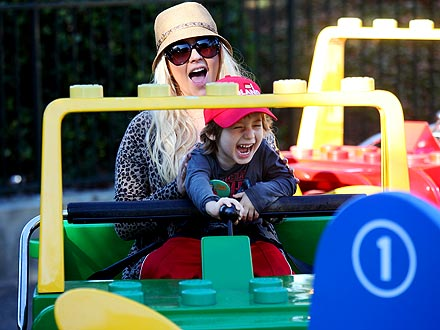 Christina Aguilera Celebrates Son Max's 4th Birthday at Legoland