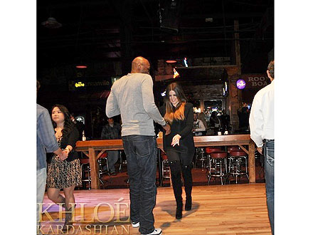 Kardashians Line Dancing in Dallas - Photo