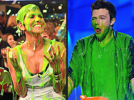 Halle Berry Gets Slimed at Kids' Choice Awards
