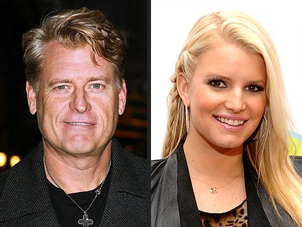 Jessica Simpson Baby Maxwell Drew Born; Joe Simpson Says She's 'a Miracle'