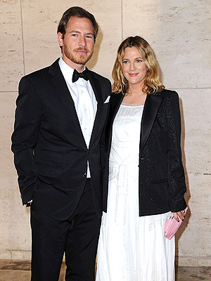 Drew Barrymore Married to Will Kopelman; Wedding in Montecito, Calif.
