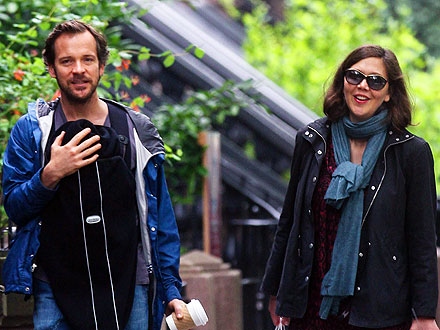 Peter Sarsgaard, Maggie Gyllenhaal and Newborn Daughter Go Shopping