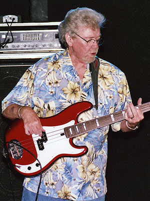 Booker T. and the MGs Bassist 'Duck' Dunn Dies