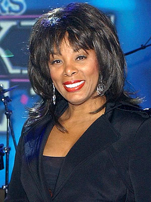 Donna Summer Dies; Queen of Disco Dead at 63 : People.