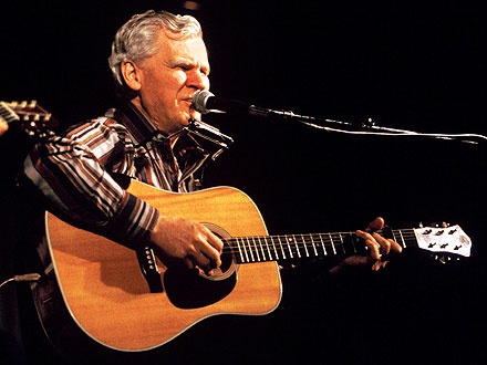 Don Watson Dies; Folk Singer Dead at 89