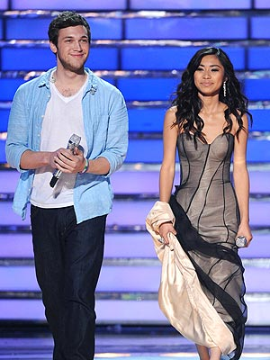 American Idol Finale: Phillip Phillips or Jessica Sanchez? Vote in Our Poll