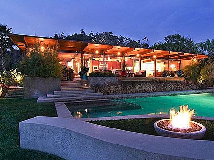 Scarlett Johansson & Ryan Reynolds's Former Home for Sale
