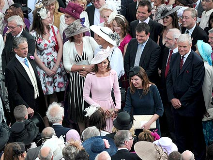 Duchess of Cambridge, Queen Elizabeth at Tuesday Tea