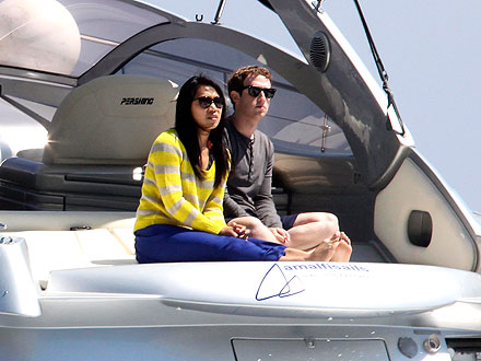 Facebook&#39;s Mark Zucerberg Takes Honeymoon Boat Ride