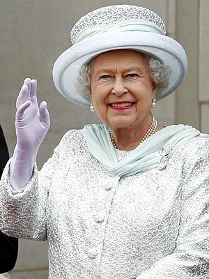Queen Elizabeth Hospitalized for Stomach Bug