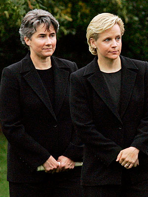 Mary Cheney Weds Heather Poe