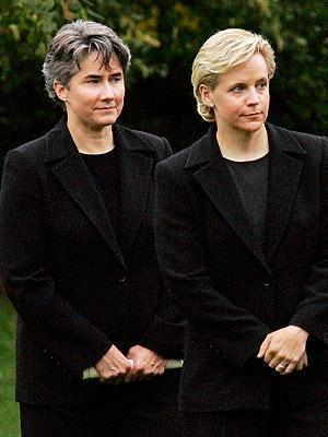 Mary Cheney Weds Heather Poe