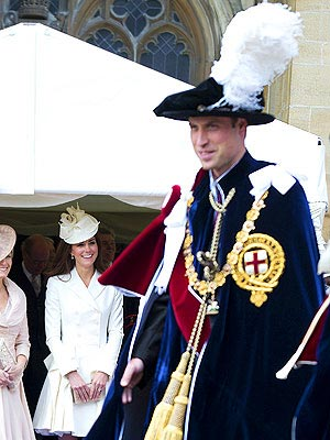 Kate Flashes William a Big Smile at Knighthood Ceremony