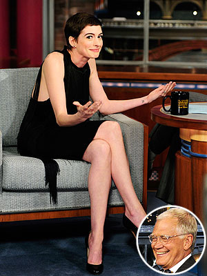 David Letterman &#39;Dark Knight Rises&#39; Spoiler to Anne Hathaway