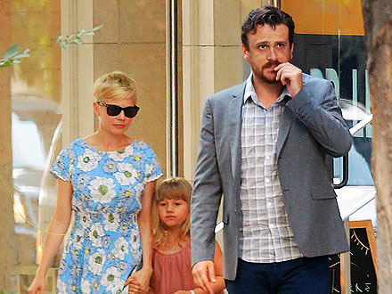 Michelle Williams, Jason Segel Take Her Daughter Matilda Shopping