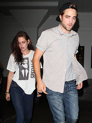 Robert Pattinson and Kristen Stewart Have a Date Night in Hollywood | Kristen Stewart, Robert Pattinson