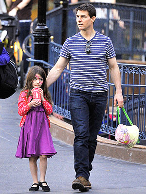 Tom Cruise, Suri Reunite in London