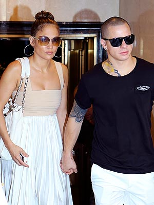 Jennifer Lopez Dating Casper Smart: But Are They Cooling Off?