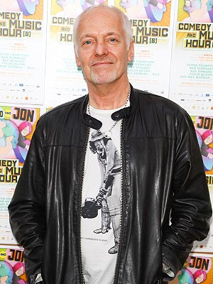 Peter Frampton Headed to Emergency Room after Traffic Accident