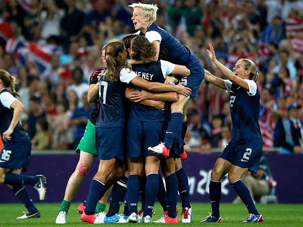 London 2012 Olympic Women's Soccer: USA Wins Gold over Japan : People.