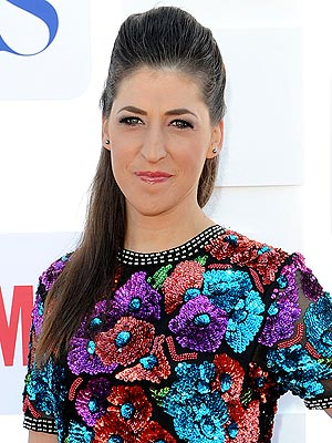 Mayim Bialik in a Car Accident