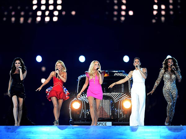 Olympics Closing Ceremony: Spice Girls, Oasis, Russell Brand sings the Beatles