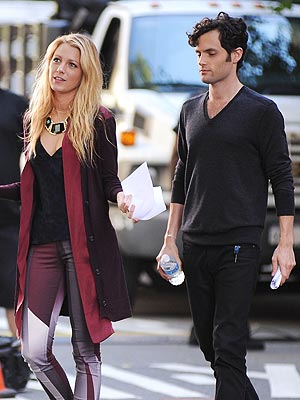 Blake Lively&#39;s Ex Penn Badgley &#39;So Happy&#39; for Newlyweds | Blake Lively, Penn Badgley