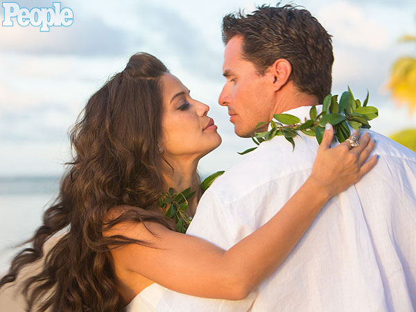 Antonio Sabato Jr. Married to Cheryl Moana Marie; Weds in Hawaii
