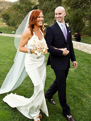 Elisa Donovan Weds Charlie Bigelow