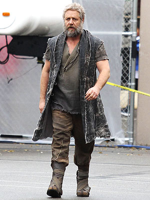 Russell Crowe Sports Long Beard for 'Noah'