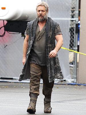 Russell Crowe Sports Long Beard for 'Noah'