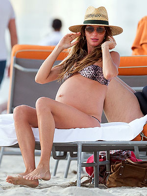 Gisele Bundchen Pregnant in Bathing Suit; Pictures