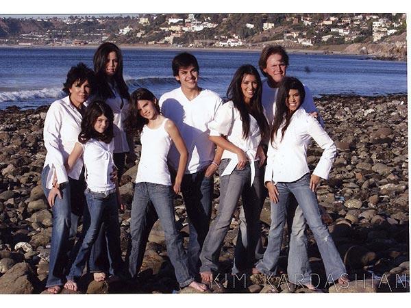 Kardashian Family Christmas Card from 2006Kardashian Family 2012
