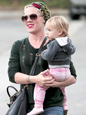 Pink Offers Sympathy for Kate's Pregnancy Woe