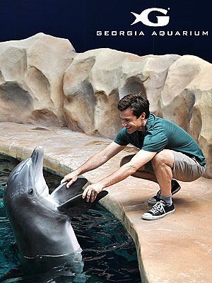 Shake on It! Jason Bateman Gets to Know a Dolphin