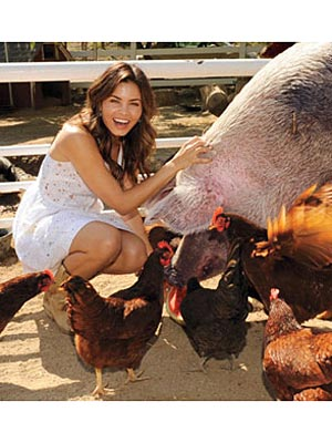 Jenna Dewan-Tatum's Other Leading Man: Rescued Pig Zeus