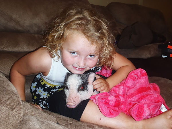 Honey Boo Boo Says Farewell to Glitzy the Pig