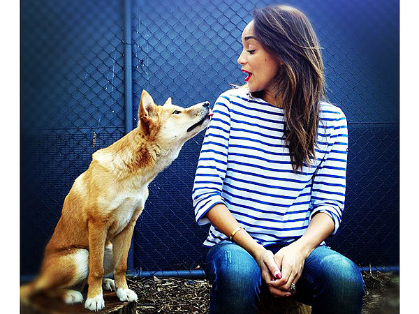 Ashley Madekwe Meets a Dingo in Australia