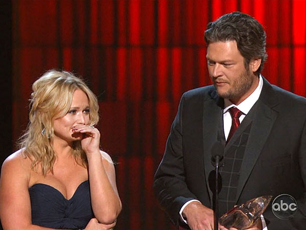 Miranda Lambert, Blake Shelton - Tearful Acceptance Speech at CMAs
