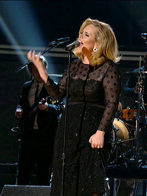 "Grammys 2012: Adele Performs ""Rolling in the Deep"" Live"