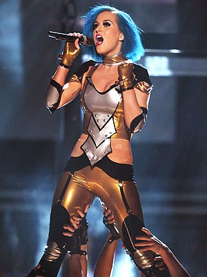 Grammys 2012: Katy Perry Debuts 'Part of Me' at Grammy Awards