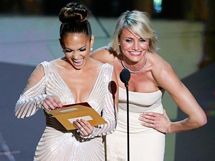 Academy Awards: Oscars Jennifer Lopez Possible Wardrobe Malfunction Explained